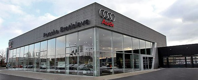 Porsche Inter Auto - Zlaté piesky